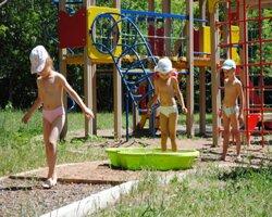 Босохождение детей: метод закаливания