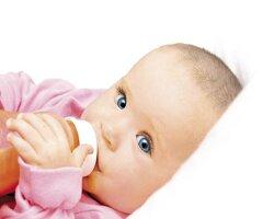 Стоит ли давать пить новорожденному? Что давать пить новорожденному и когда?