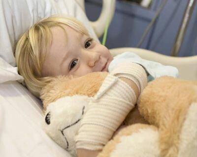 Чем развлечь ребенка, если он заболел?